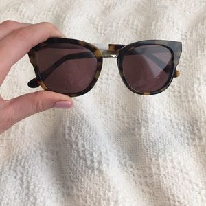 b54a4b0ae9 Madewell Accessories - Madewell Tortoise Cat Eye Playlist Sunglass